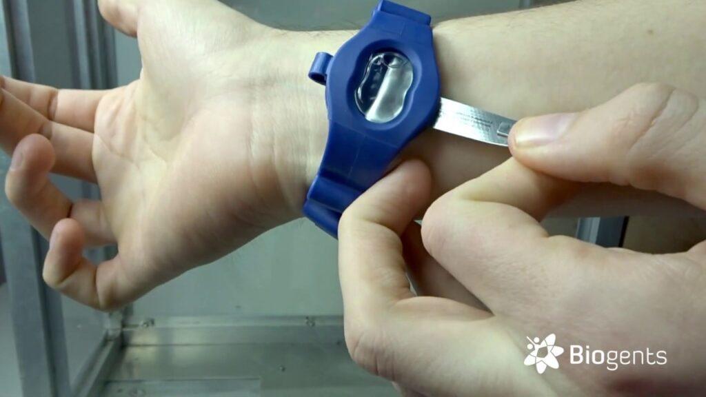 Do anti-mosquito wristbands work?